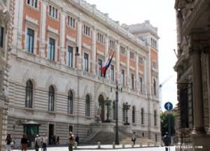 Panorama-palais-montecitorio-parlement-italien02